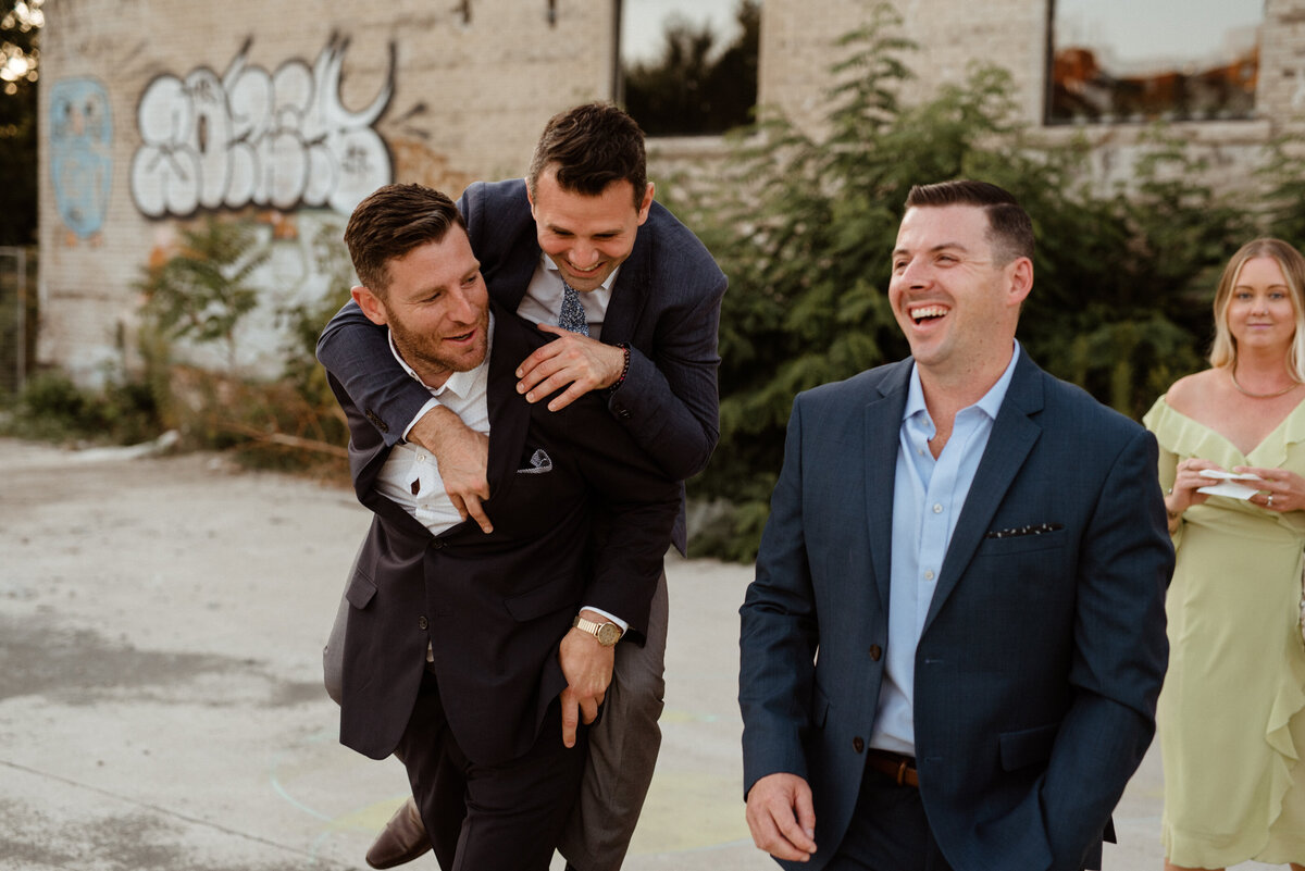 toronto_wedding_photography_propeller_coffee_co_family_friends_10