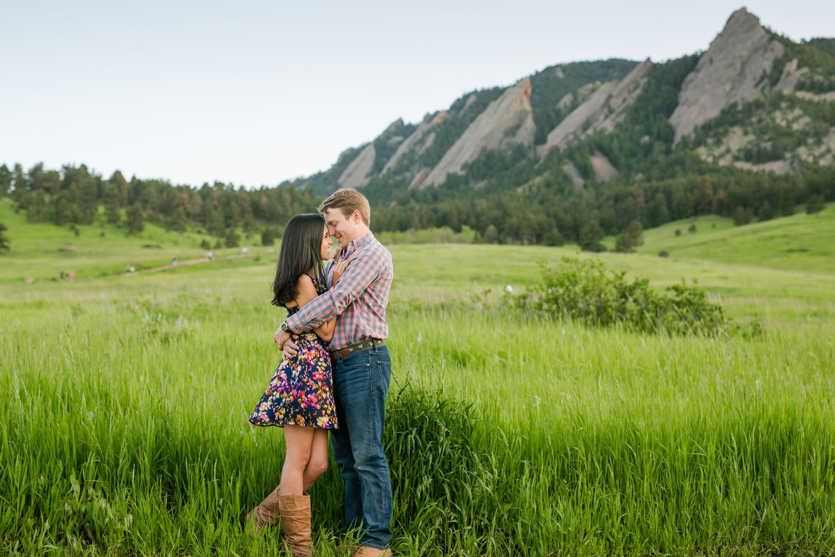 engaged couple at Chautauqua
