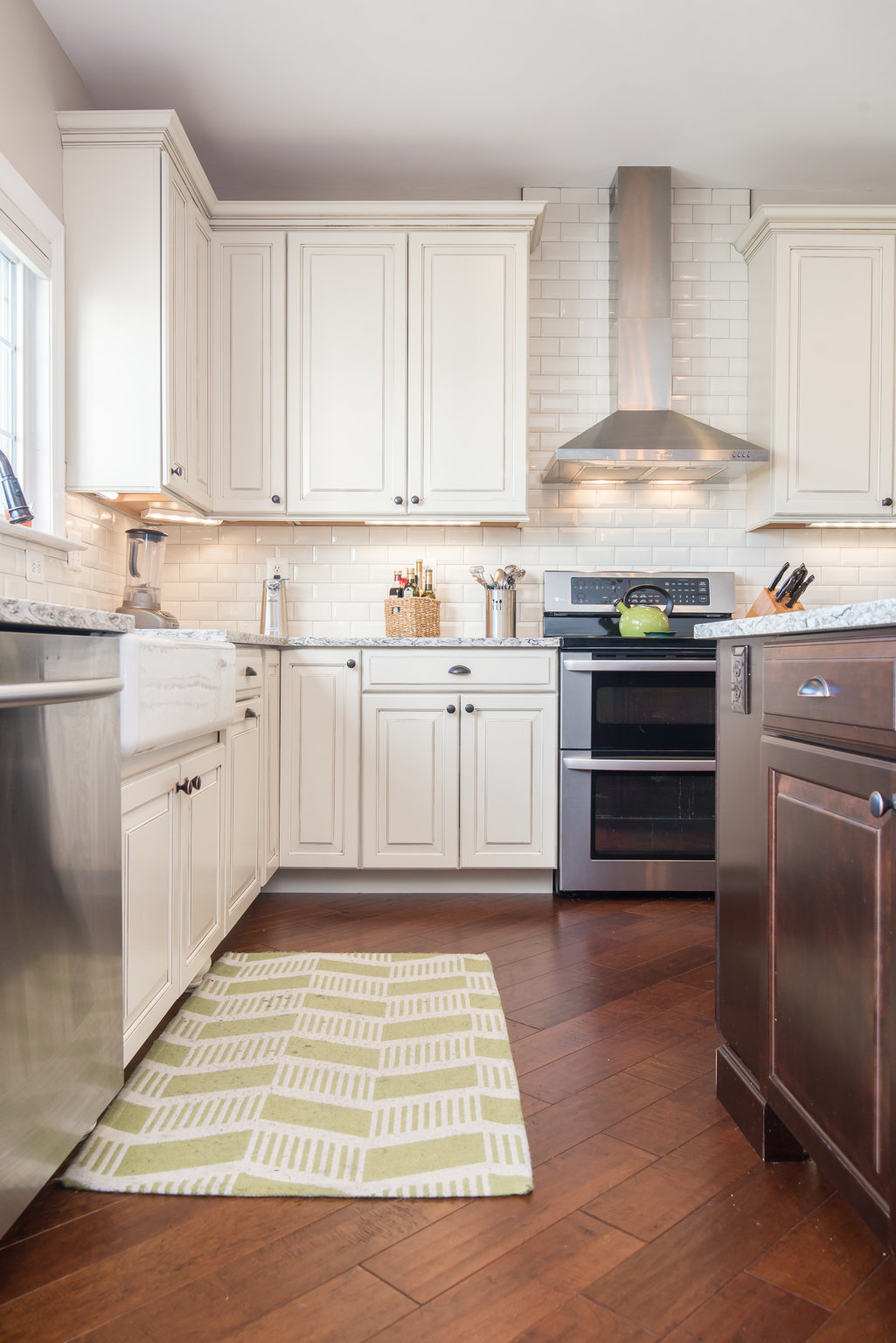R. Hinton_Kitchen_43300 Sandi Louise Ct_Ashburn_VA-WEB-7