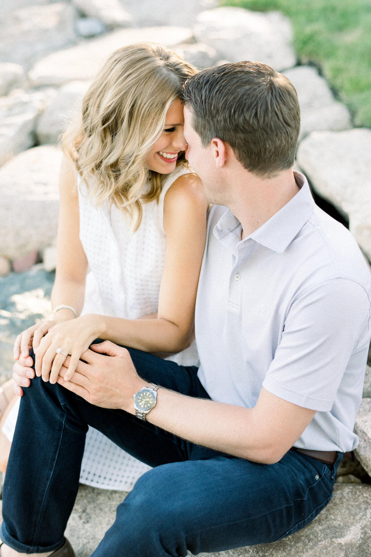 Minnesota engagement photos, Minnesota wedding photographer, Minneapolis engagement photos, Minneapolis wedding photographer, Lake Minnetonka Engagment Photos, Wayzata Engagement Photos