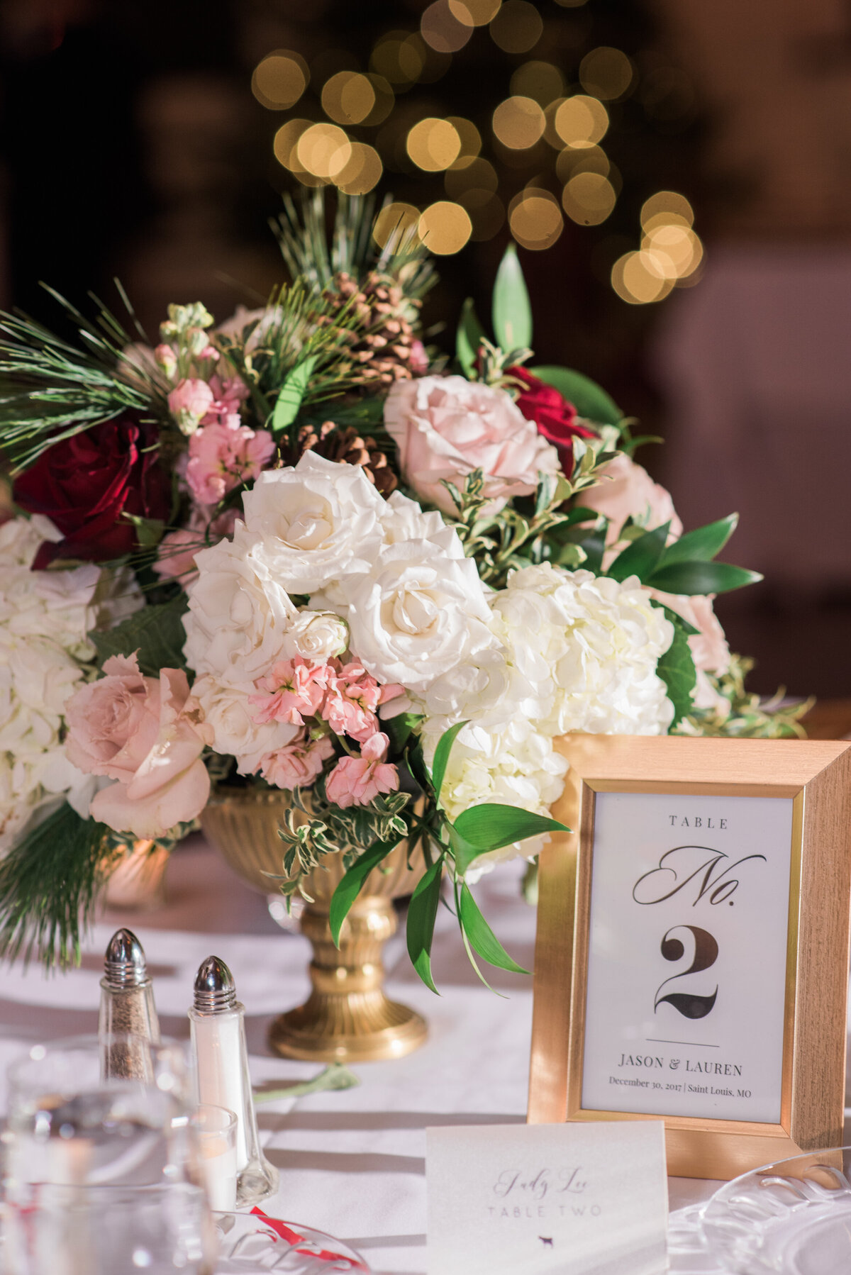 Franklin room tablescape wedding reception