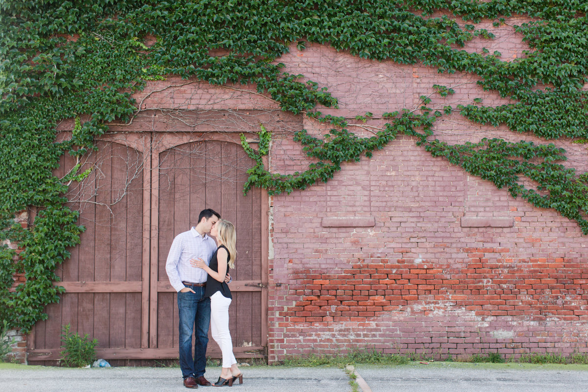 Indianapolis War Memorial Downtown Engagement Session Sunrise Sami Renee Photography-40