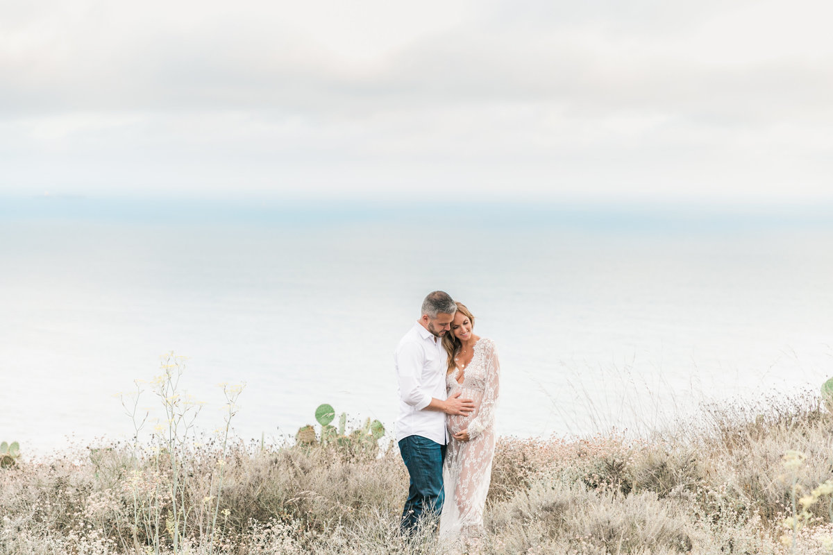 Southern California Coastline Maternity Session_Valorie Darling Photography-6418