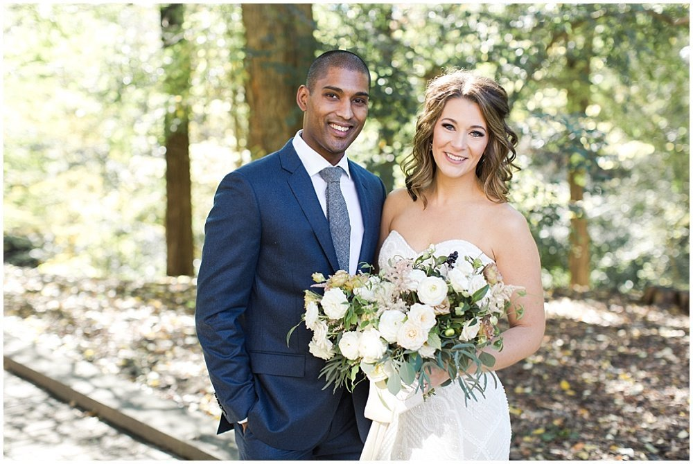 Laurel-Hall-Fall-Navy-Wedding-Ivan-Louise-Images-Jessica-Dum-Wedding-Coordination_photo_0009