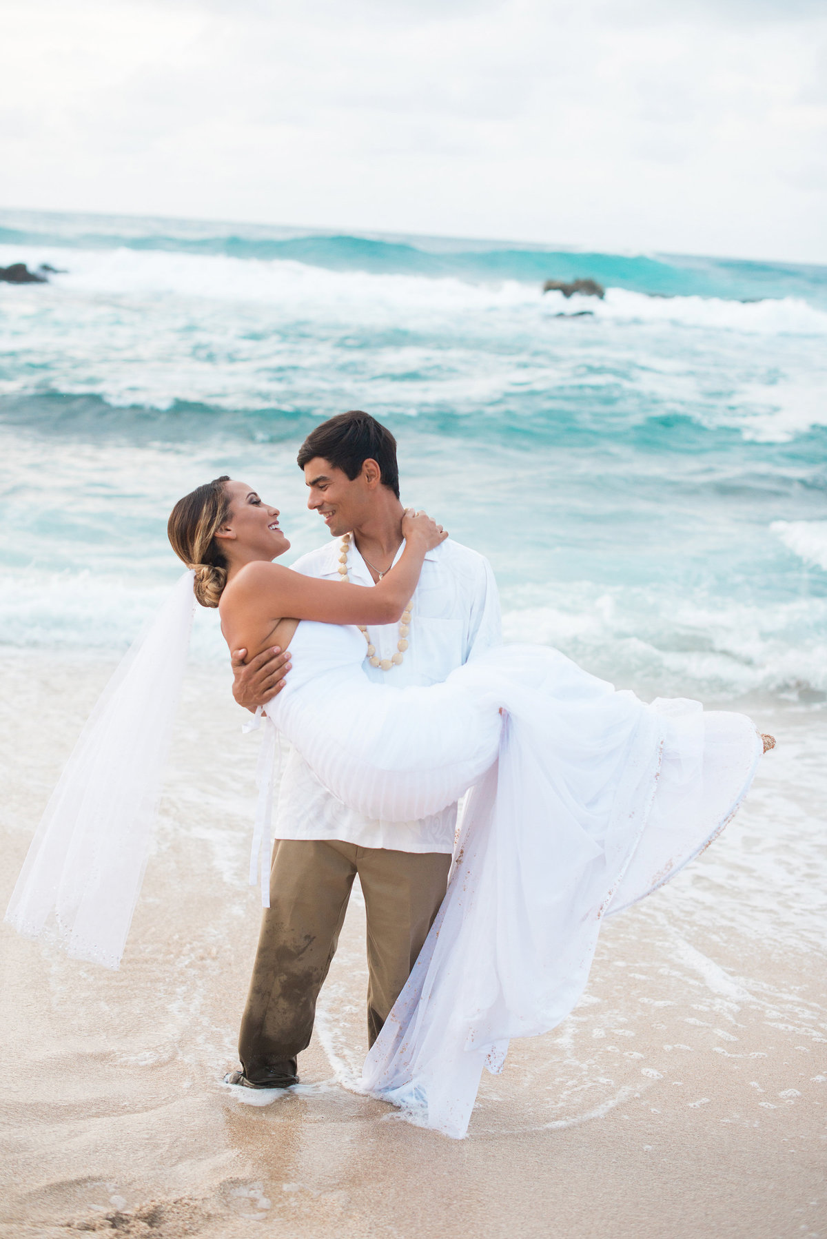 Intimate Elopement in Hawaii