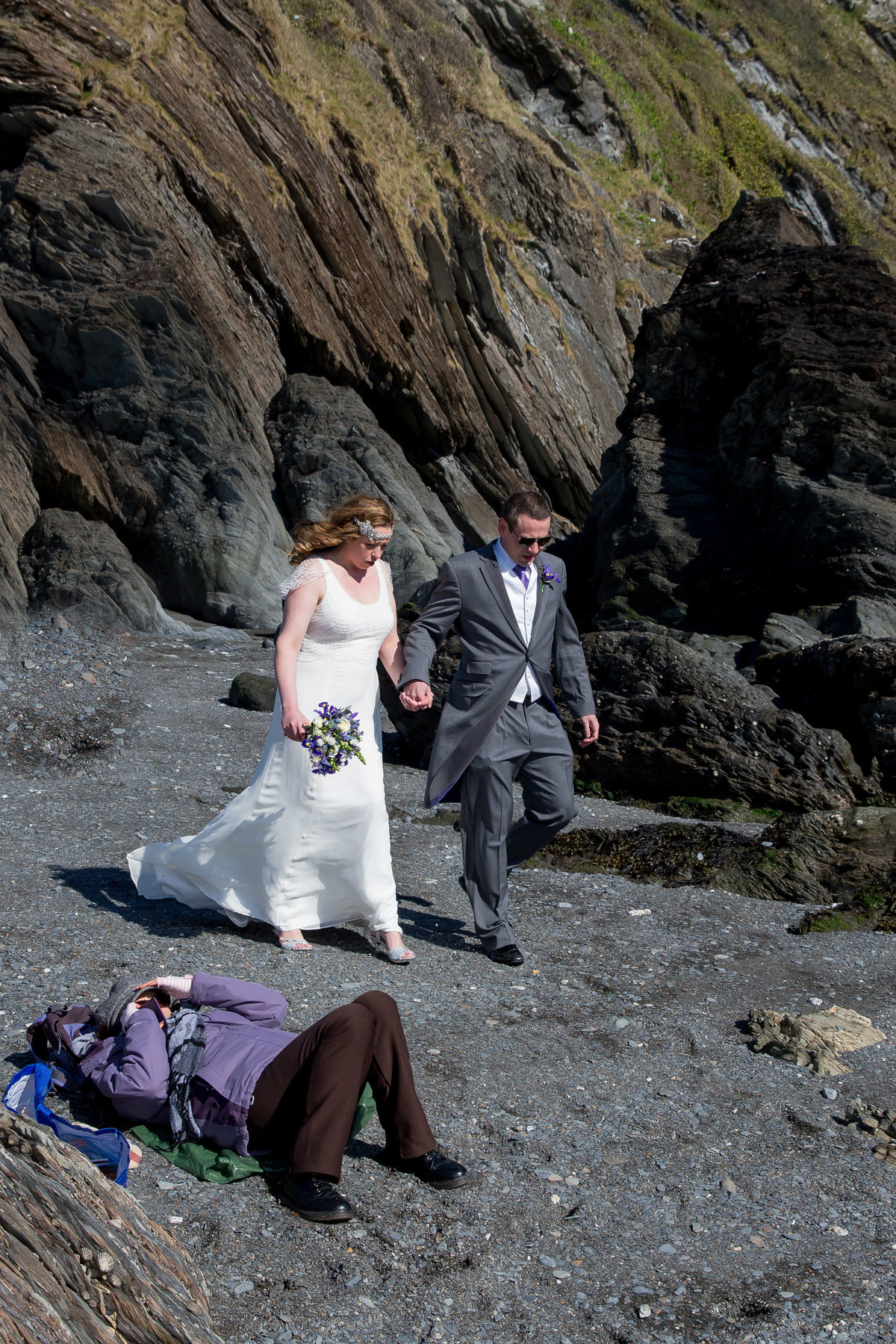relaxed wedding photographer in devon