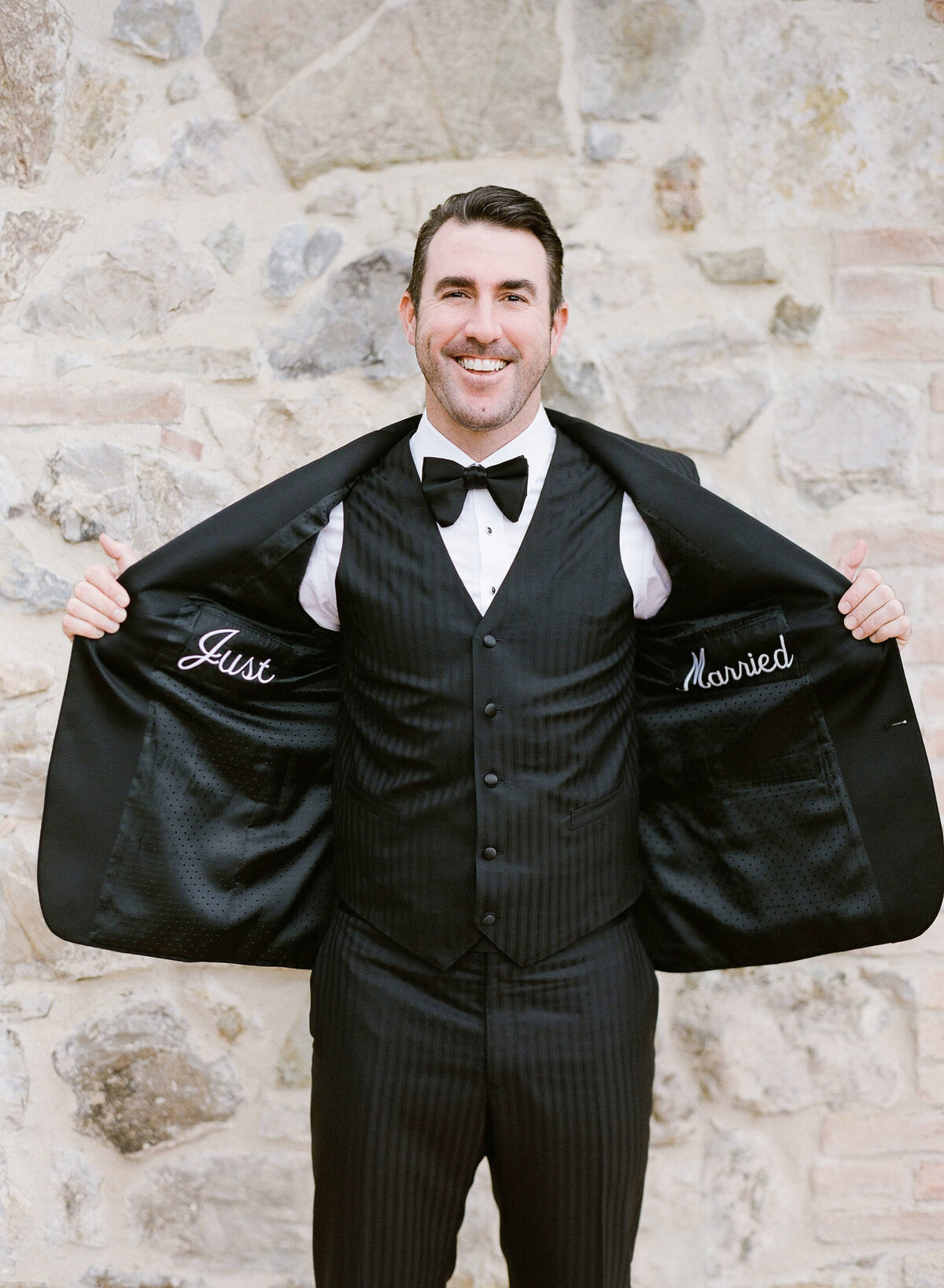 15-KTMerry-weddings-Justin-Verlander-Cicchini-Custom-tuxedo