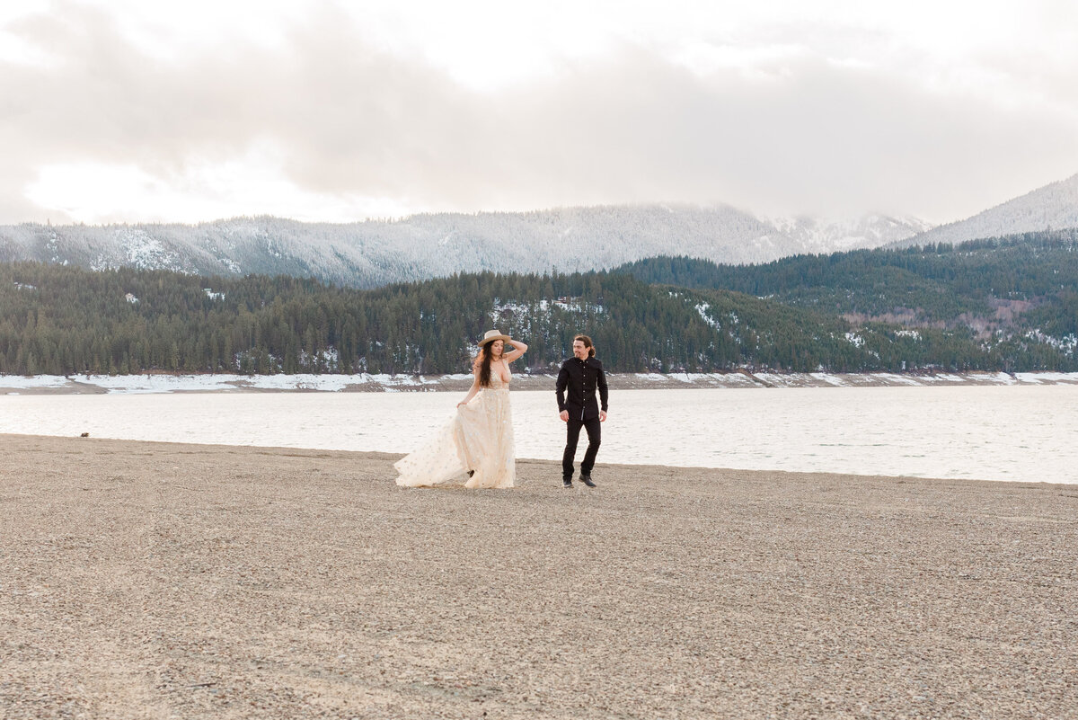 Cle-Elum-Washington-Lake-Elopement-Photographer-Photography-61