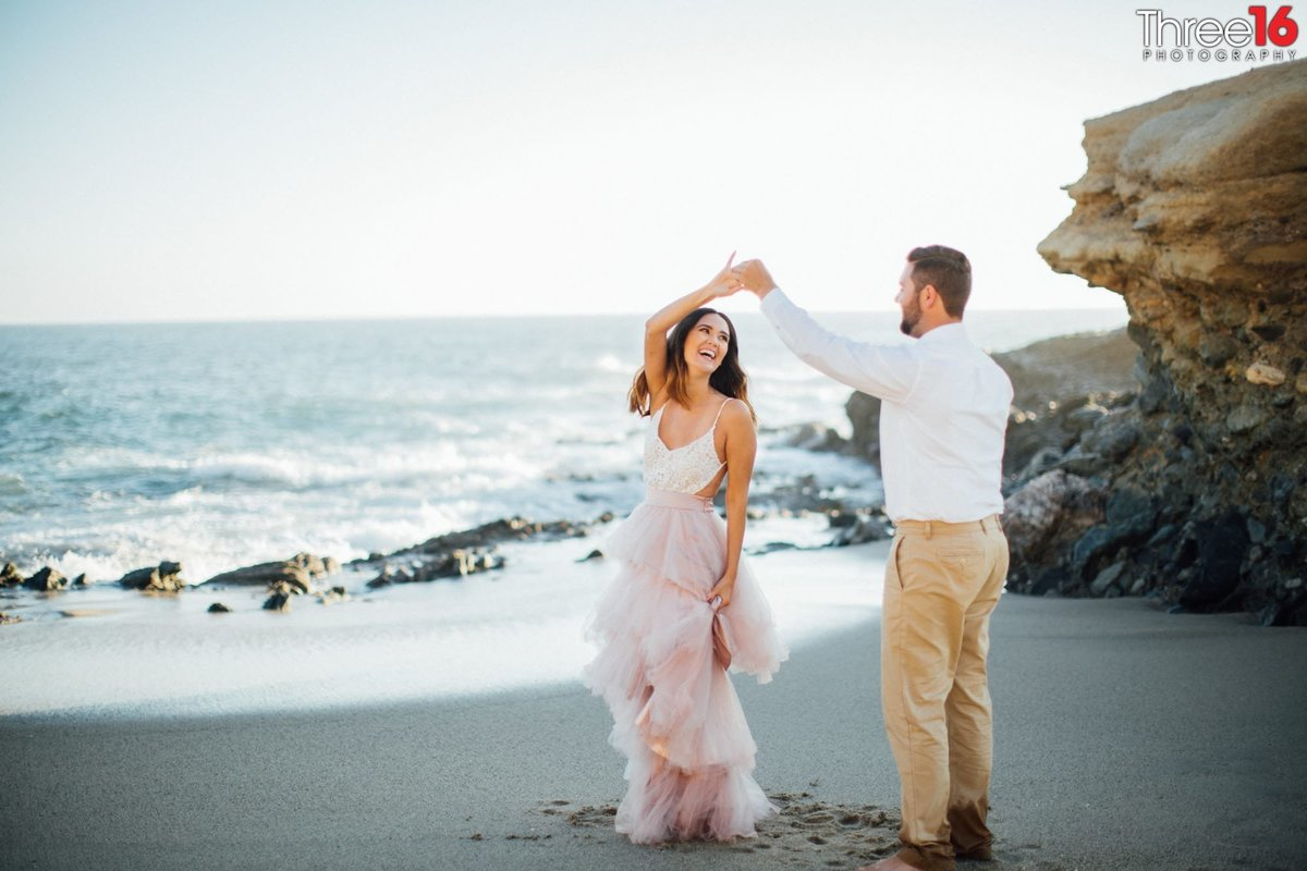 Table Rock Beach Engagement Photos Laguna Professional Photographer