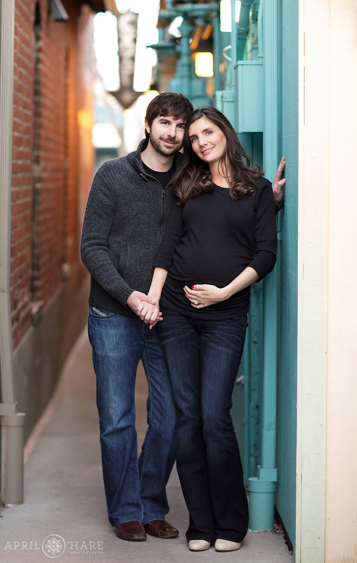 Cute Urban Maternity Photography Session in the Highlands Neighborhood