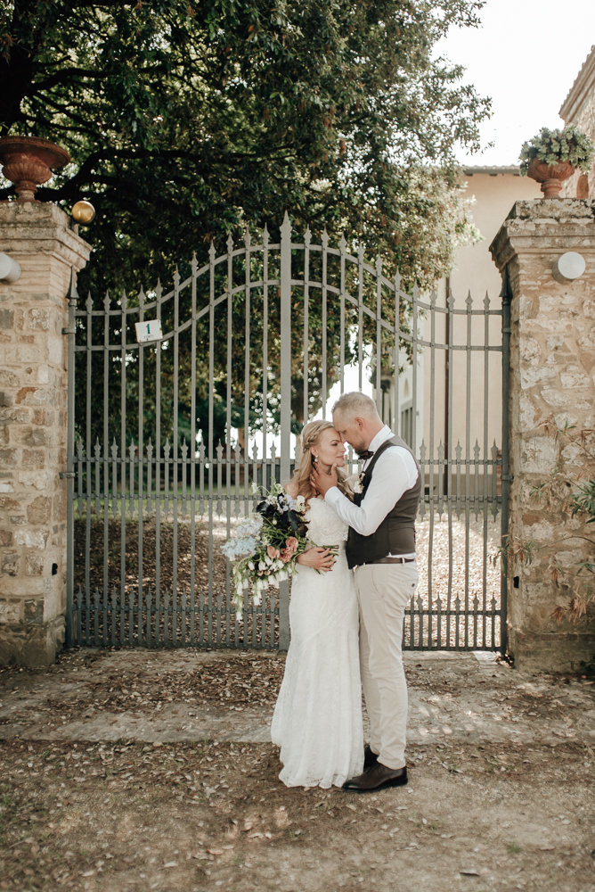 Intimate_Wedding_Photographer_Tuscany_Flora_and_Grace (112 von 227)