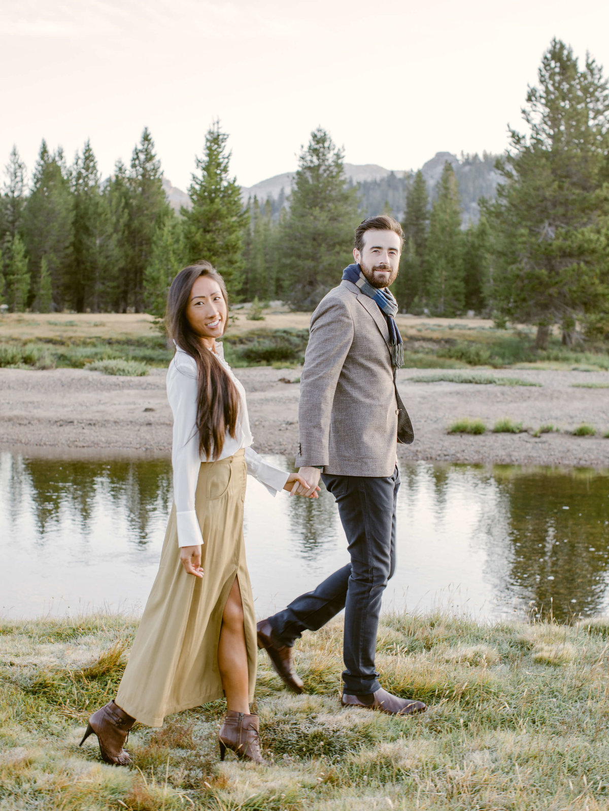 20-KTMerry-engagement-session-outdoor-Yosemite-national-park