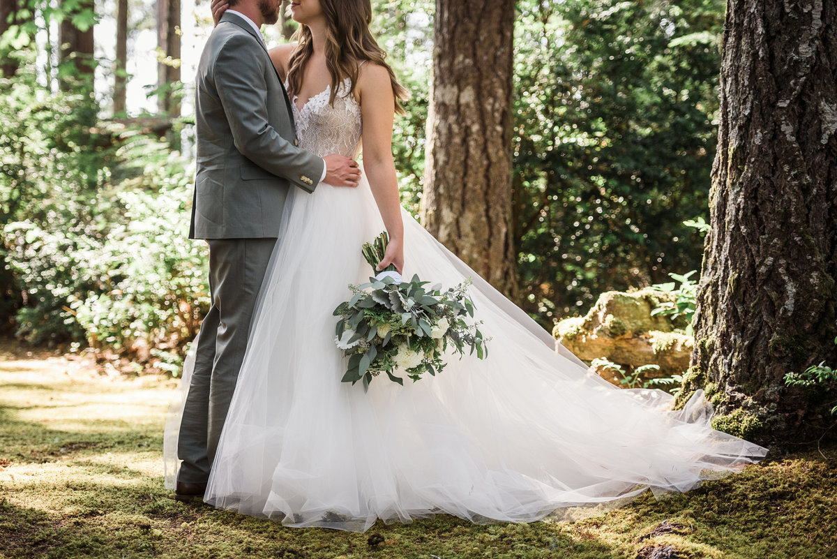 Seattle-Intimate-Backyard-Wedding-Seattle-Wedding-Photographer-16