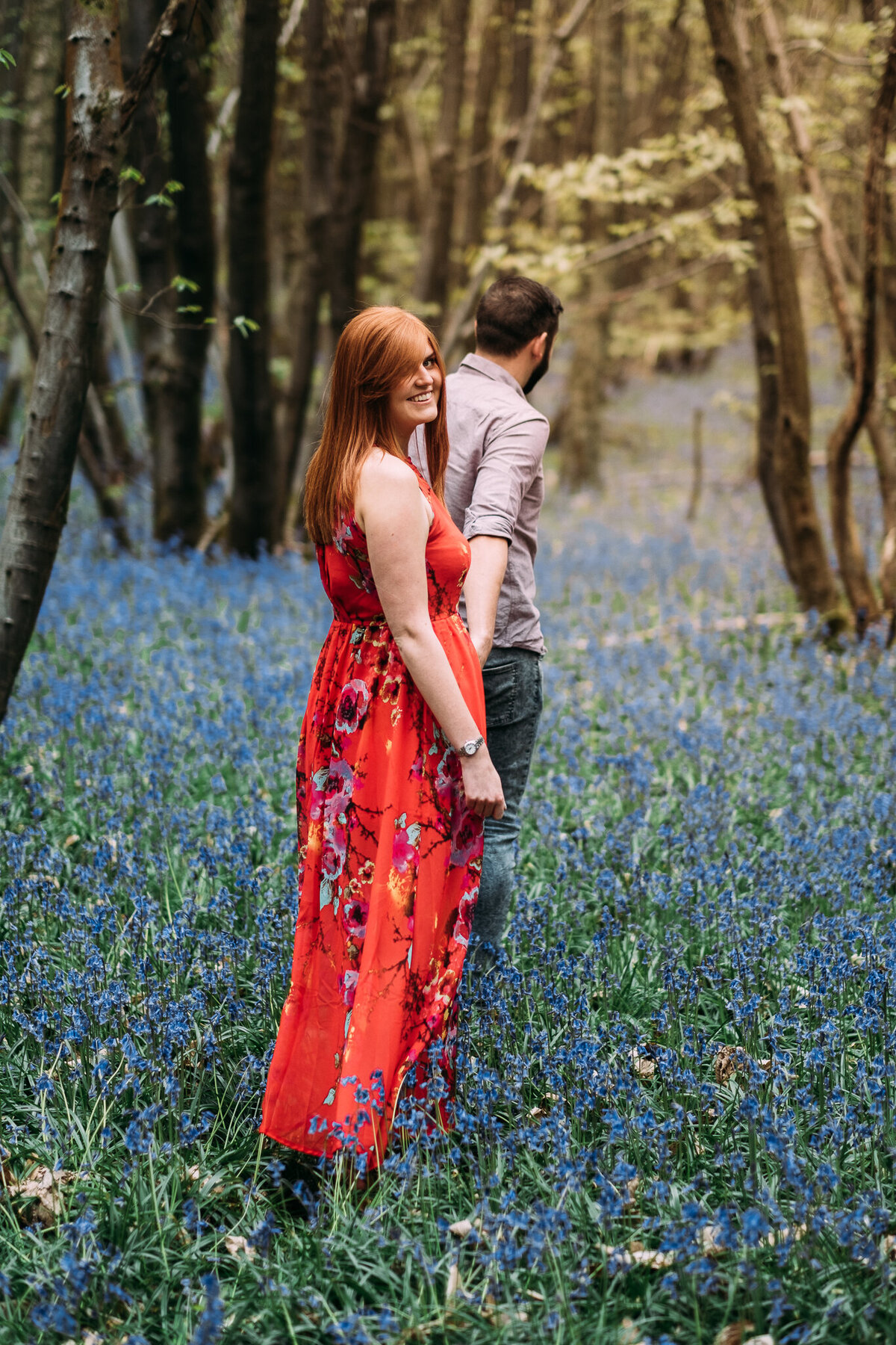 engagement-shoot-bluebells-15