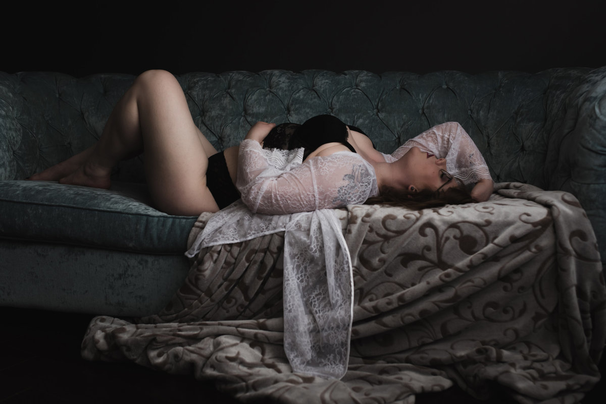 erika-gayle-photography-regina-boudoir-intimate-portrait-photographer-62