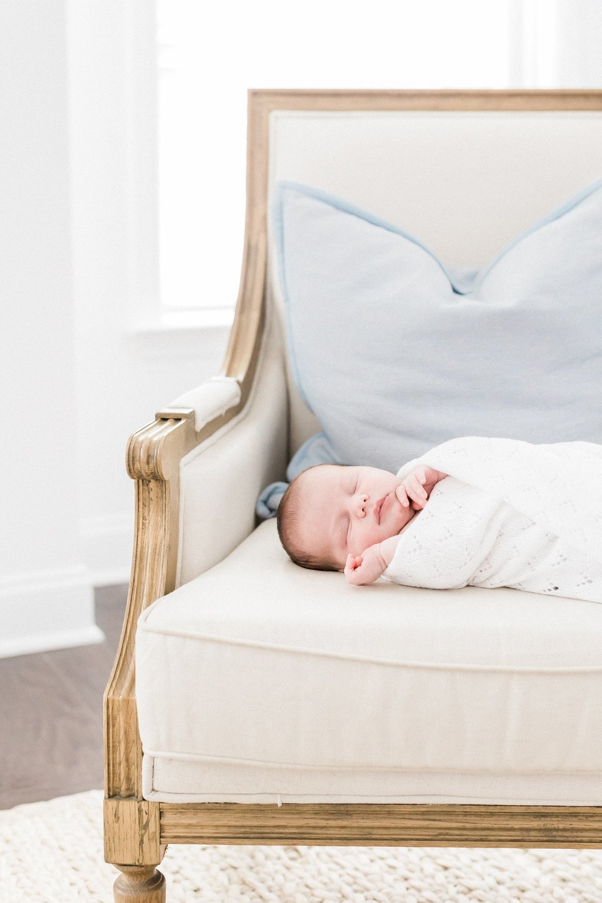 Charleston-Newborn-Photographer-Lifestyle_0038