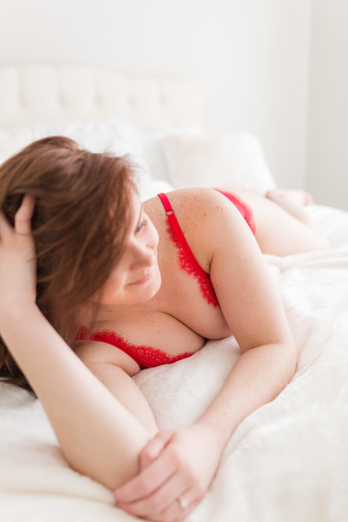 Theresa-Boudoir-Valentine's-Day-Session-8