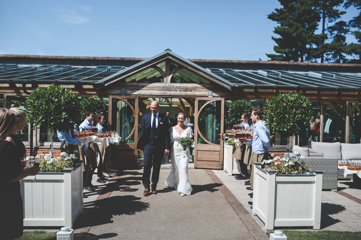 GAYNES-PARK-BARN-WEDDING-ESSEX-0034