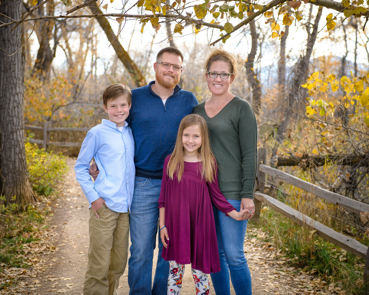 Family photos at Bobolink Trail
