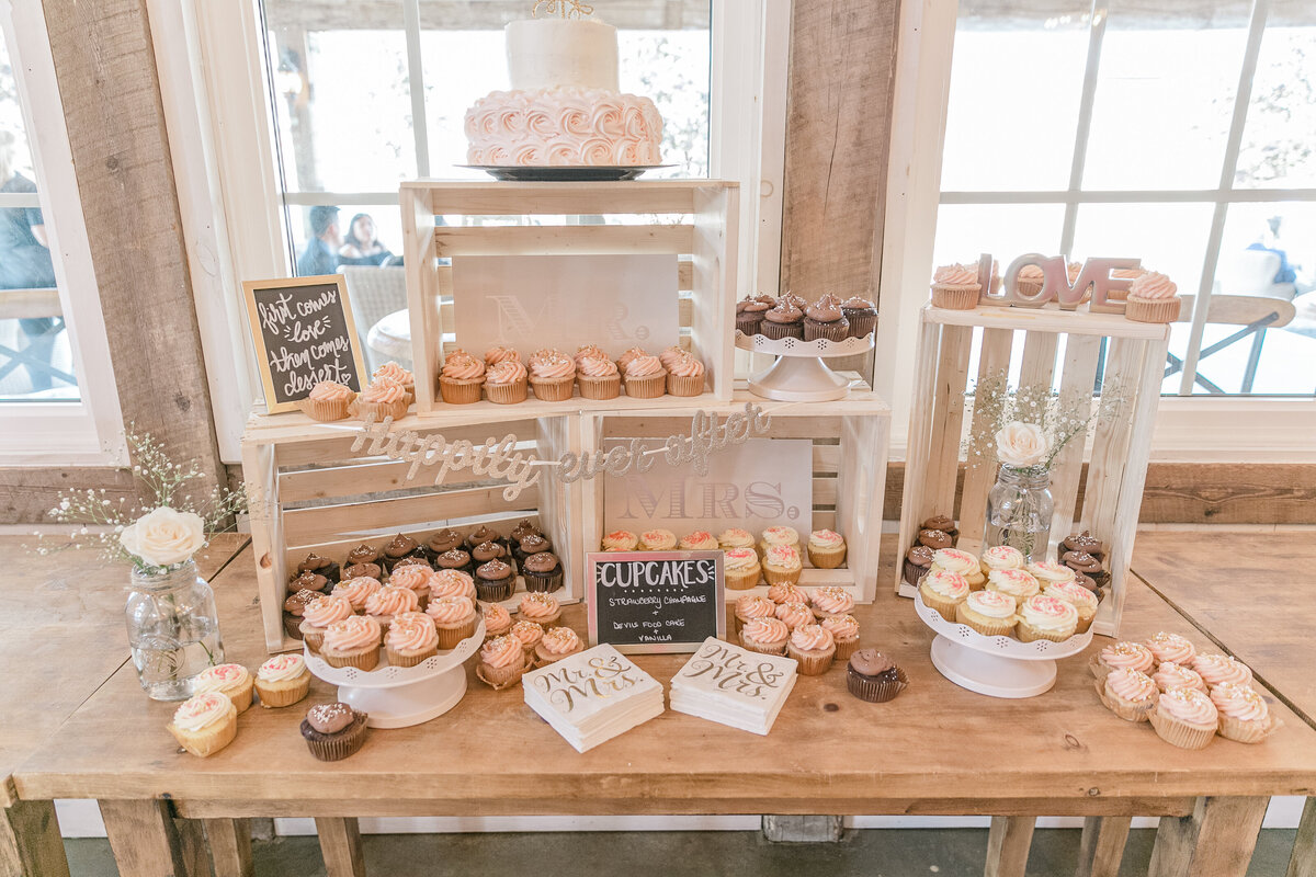 Stonefields-weddings-events-beckwith-wedding-light-airy-grey-loft-studio-69