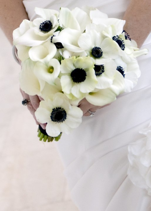White anemone wedding