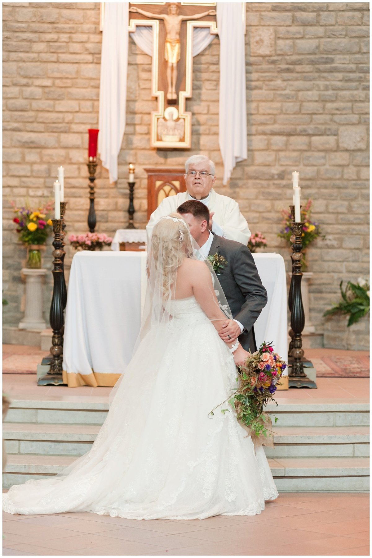 Heritage golf and country club wedding hilliard ohio wedding photos_0032