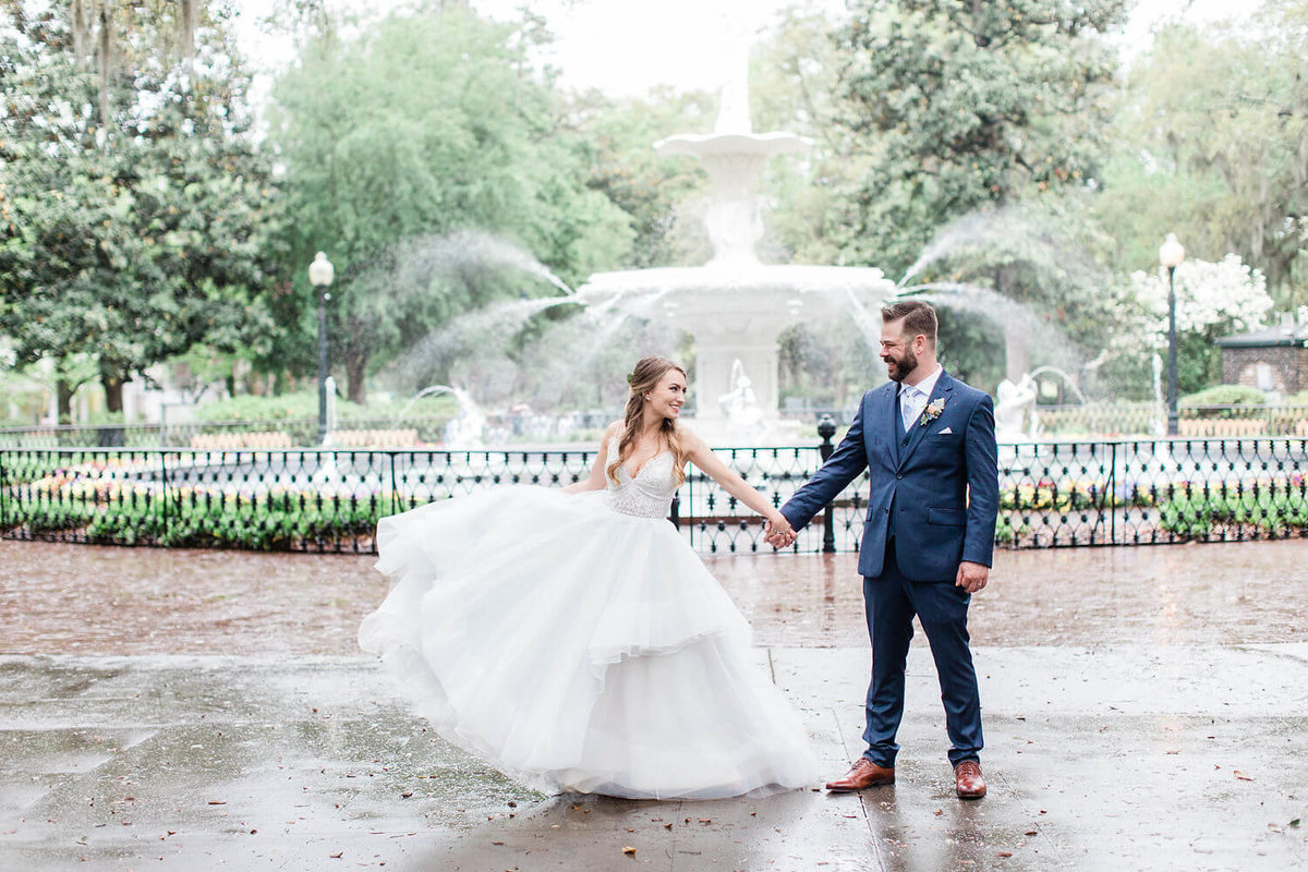 Forsyth Fountain Wedding in Savannah by Apt. B Photography