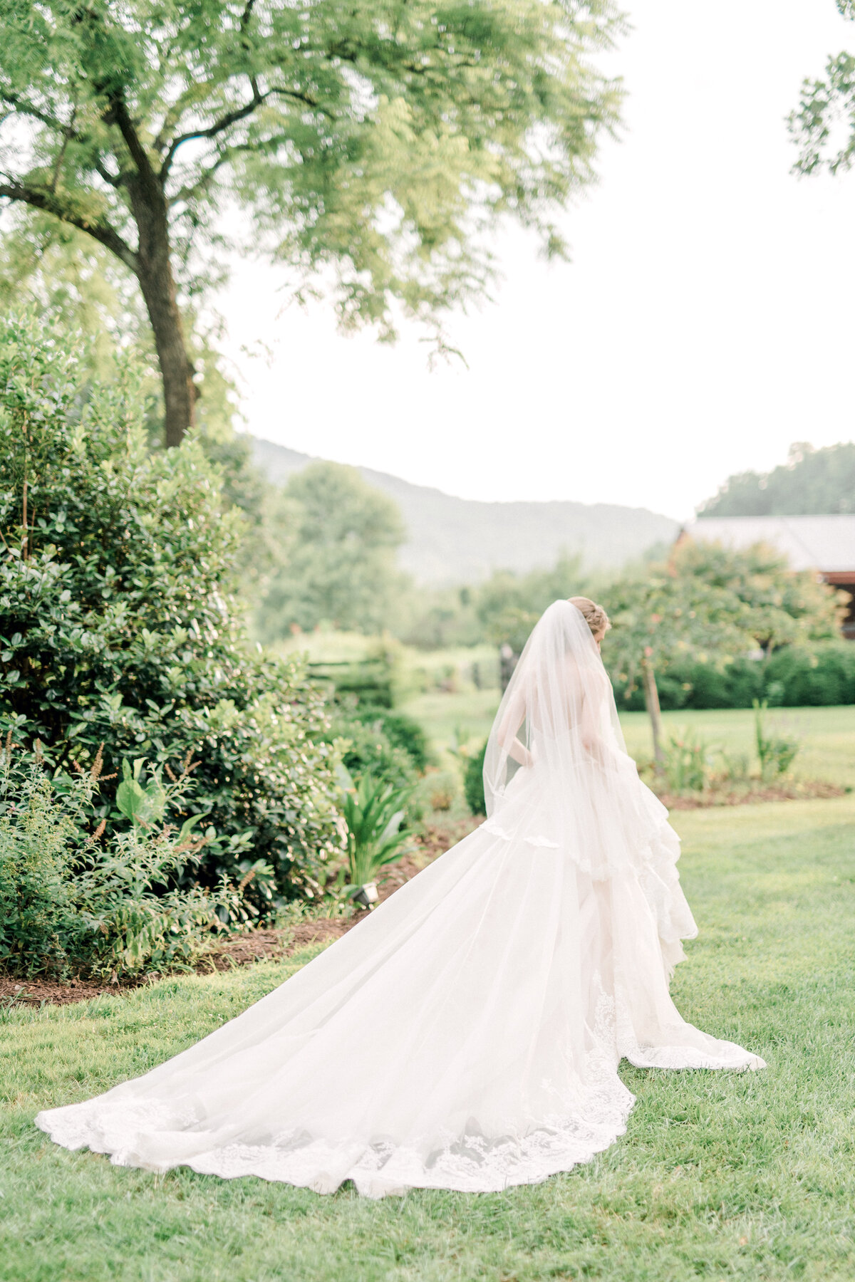 Lindsay_Bridal_Session-89-2