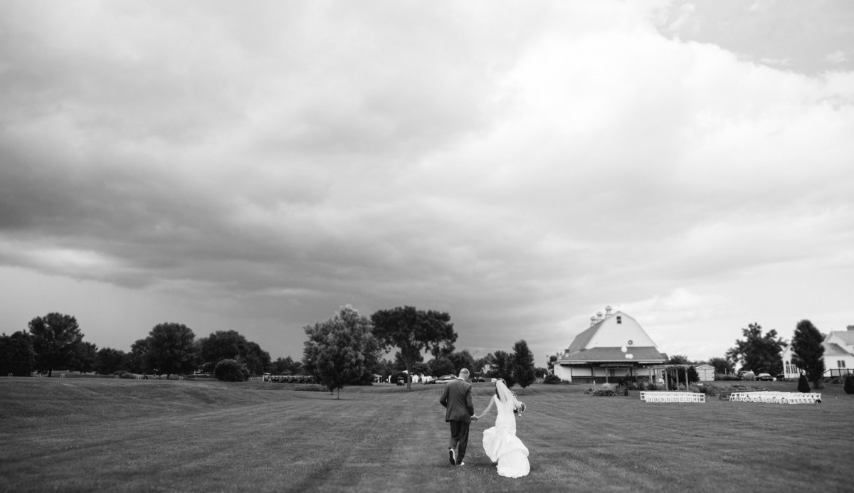 Glens Falls NY wedding at 1925 Barn