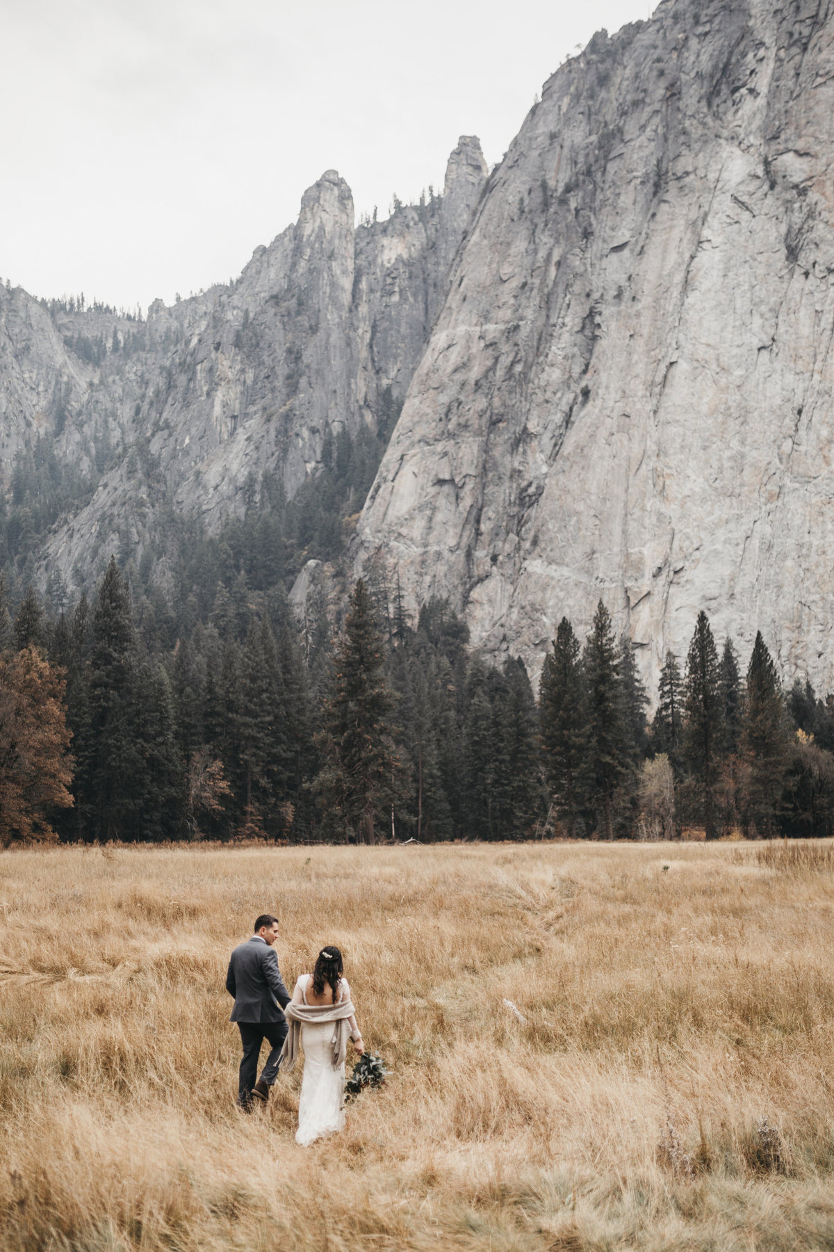 athena-and-camron-how-to-elope-in-yosemite-valley-el-capitan-meadow1