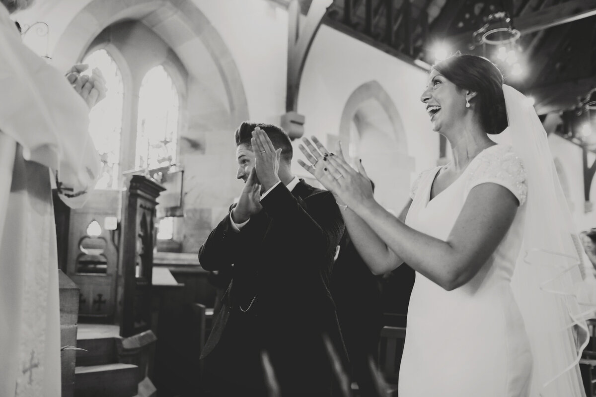 YORKSHIRE-WEDDING-LOTS-OF-LAUGHTER-MARQUEE-AND-CHUCH-0041