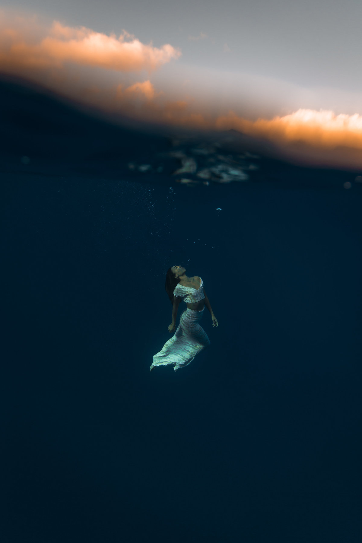Underwater Trash the Dress Portraits-8