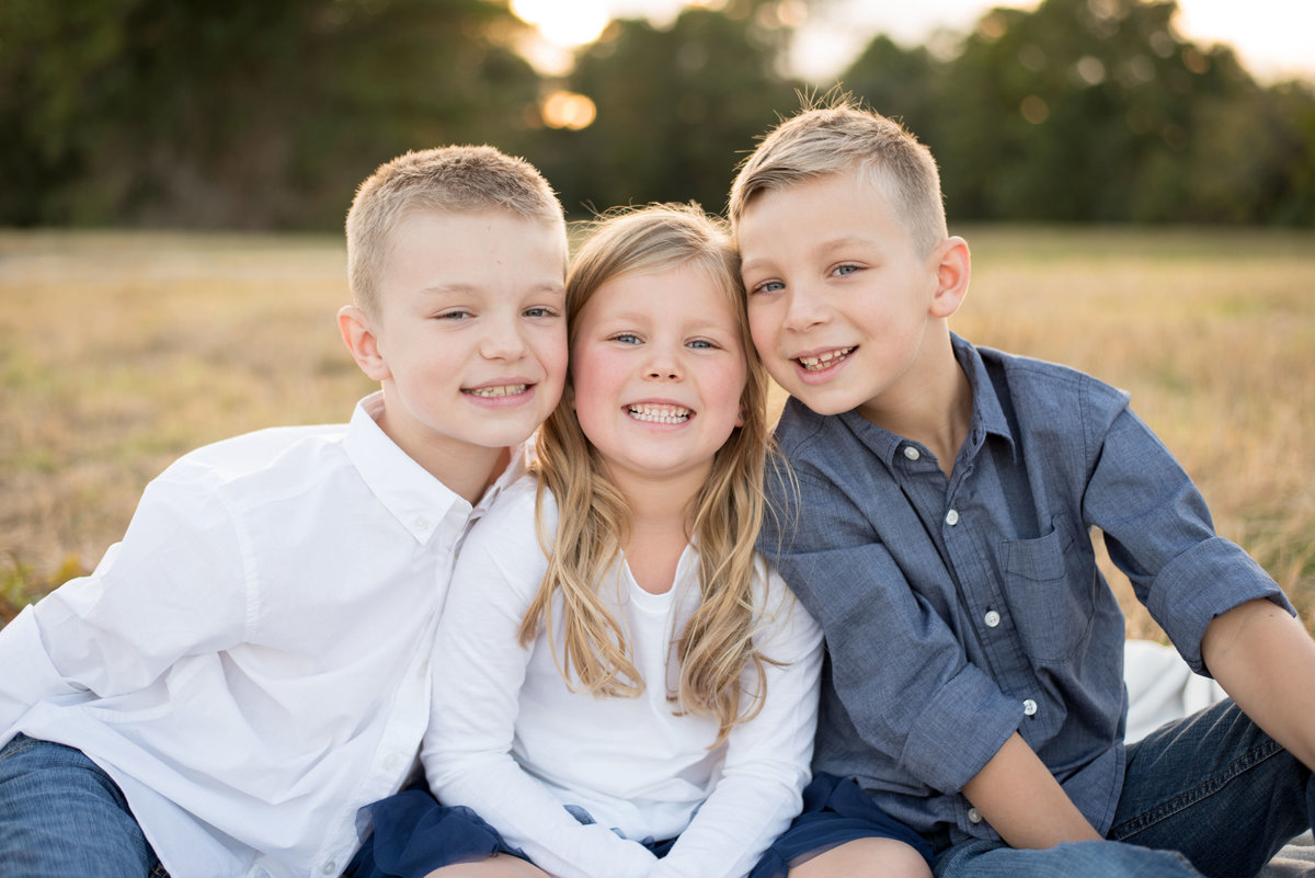 sibling session in a field in Tomball,TX