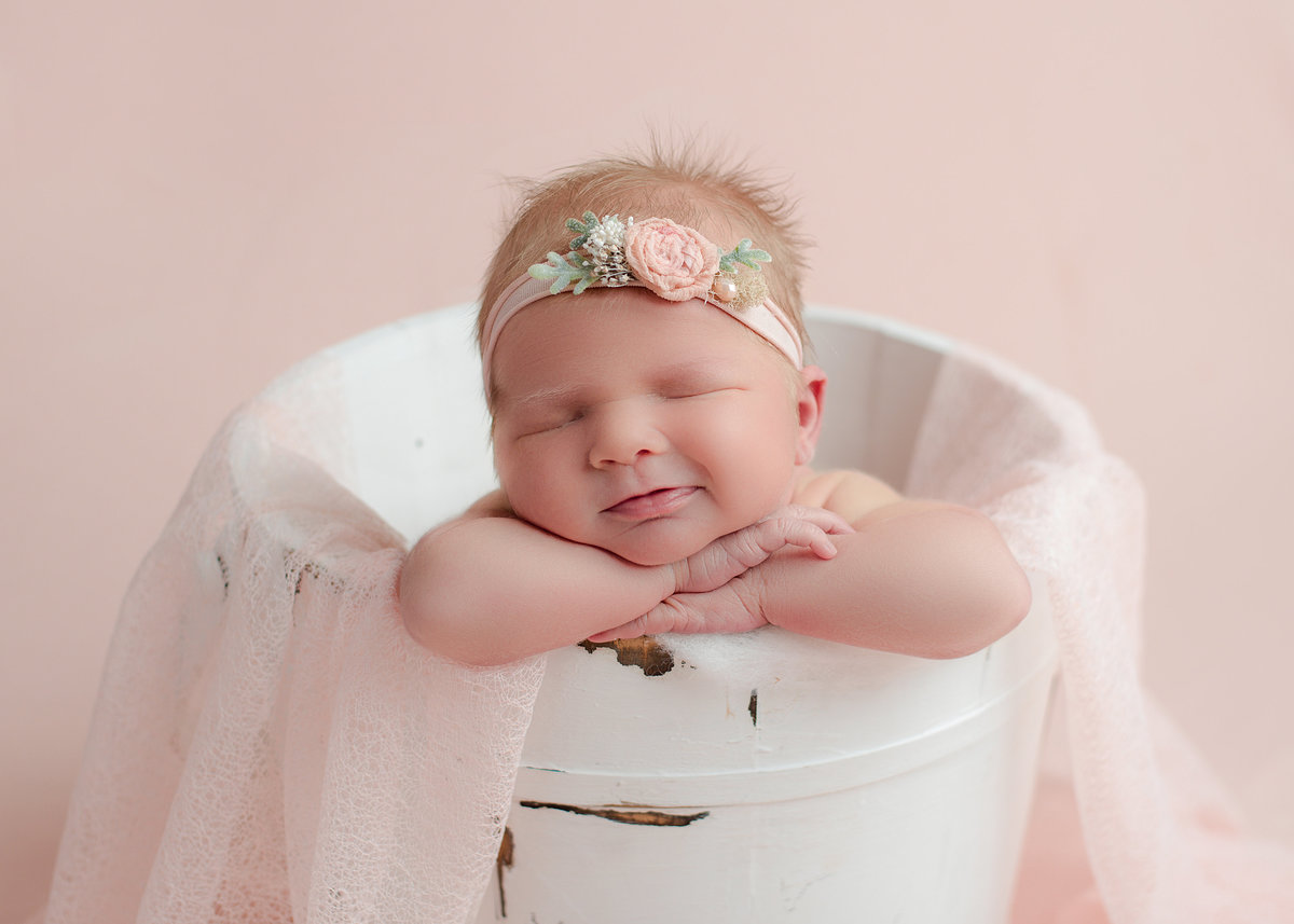 columubus.ohio.newborn.photographer-6