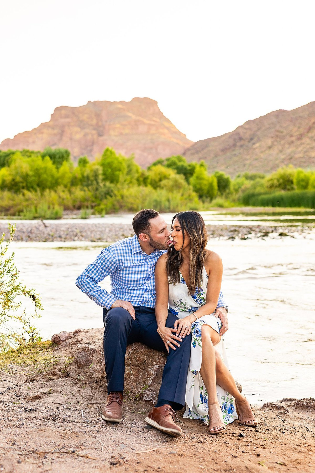 Celina + Colton - Engagement - Salt River Engagement Session-140_Lunabear Studios Portfolio