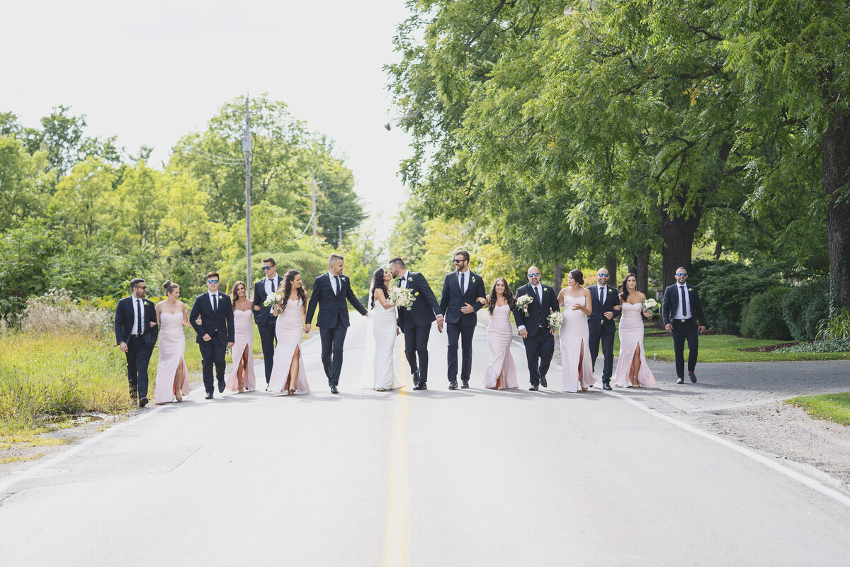 London-Hunt-and-Country-Club-wedding-photo-Anne-Edgar-photography-2562b