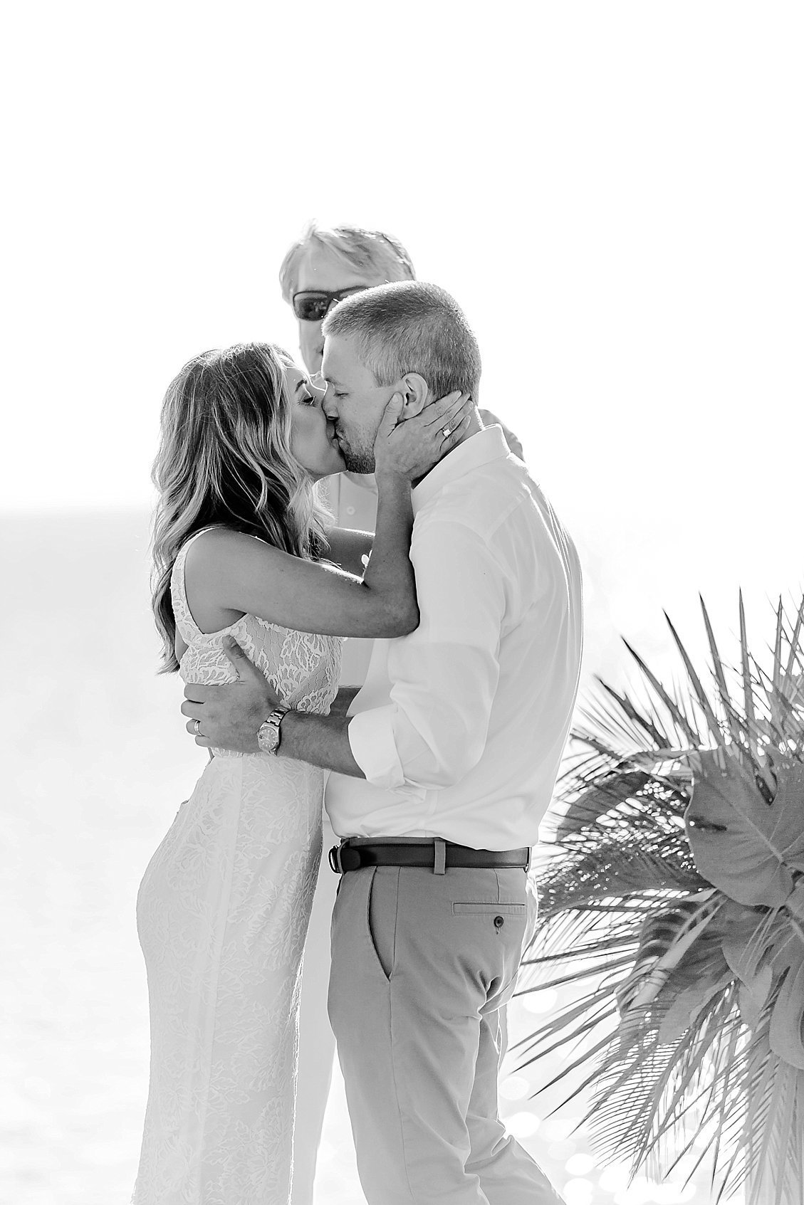 sharonelizabethphotography-obxwedding-rodanthewedding-obxweddingphotographer-intimatebeachwedding1872