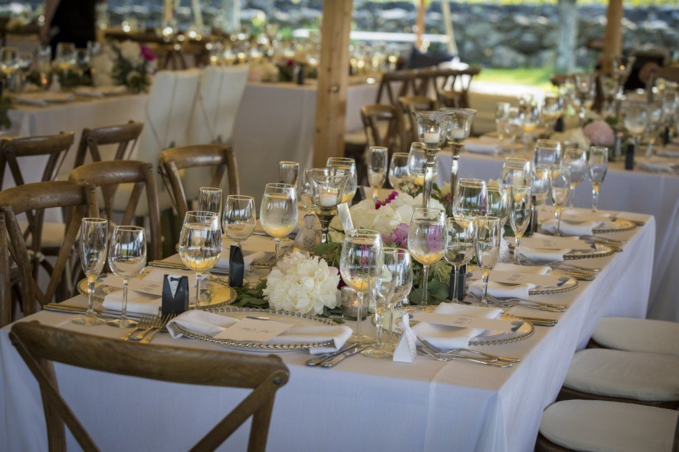 nightingale-events-connecticut-wedding-planner-tiny-human-photography-jonathan-edwards-winery-24-975x650