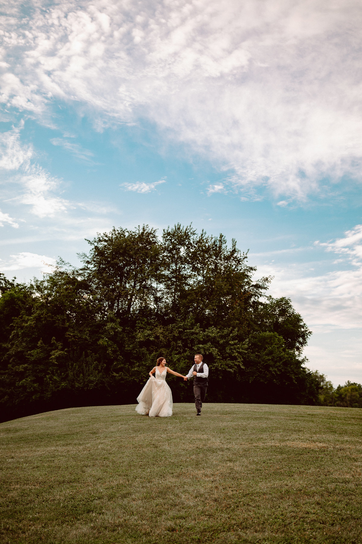 Indiana Wedding Photographer Cassie Dunmyer Photography Photojournalistic Natural-2