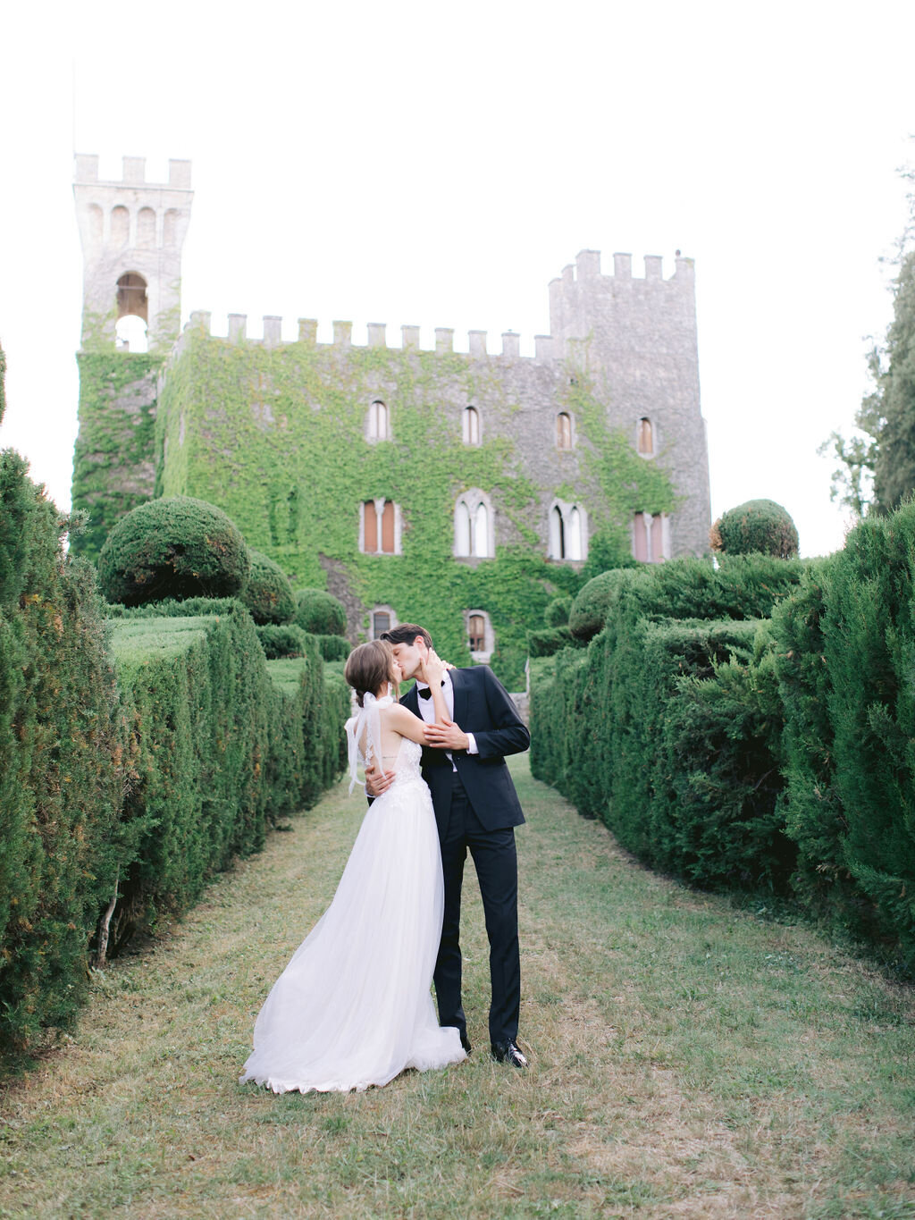 Trine_Juel_hair_and_makeupartist_wedding_Italy_Castello_Di_CelsaQuicksallPhotography_1079