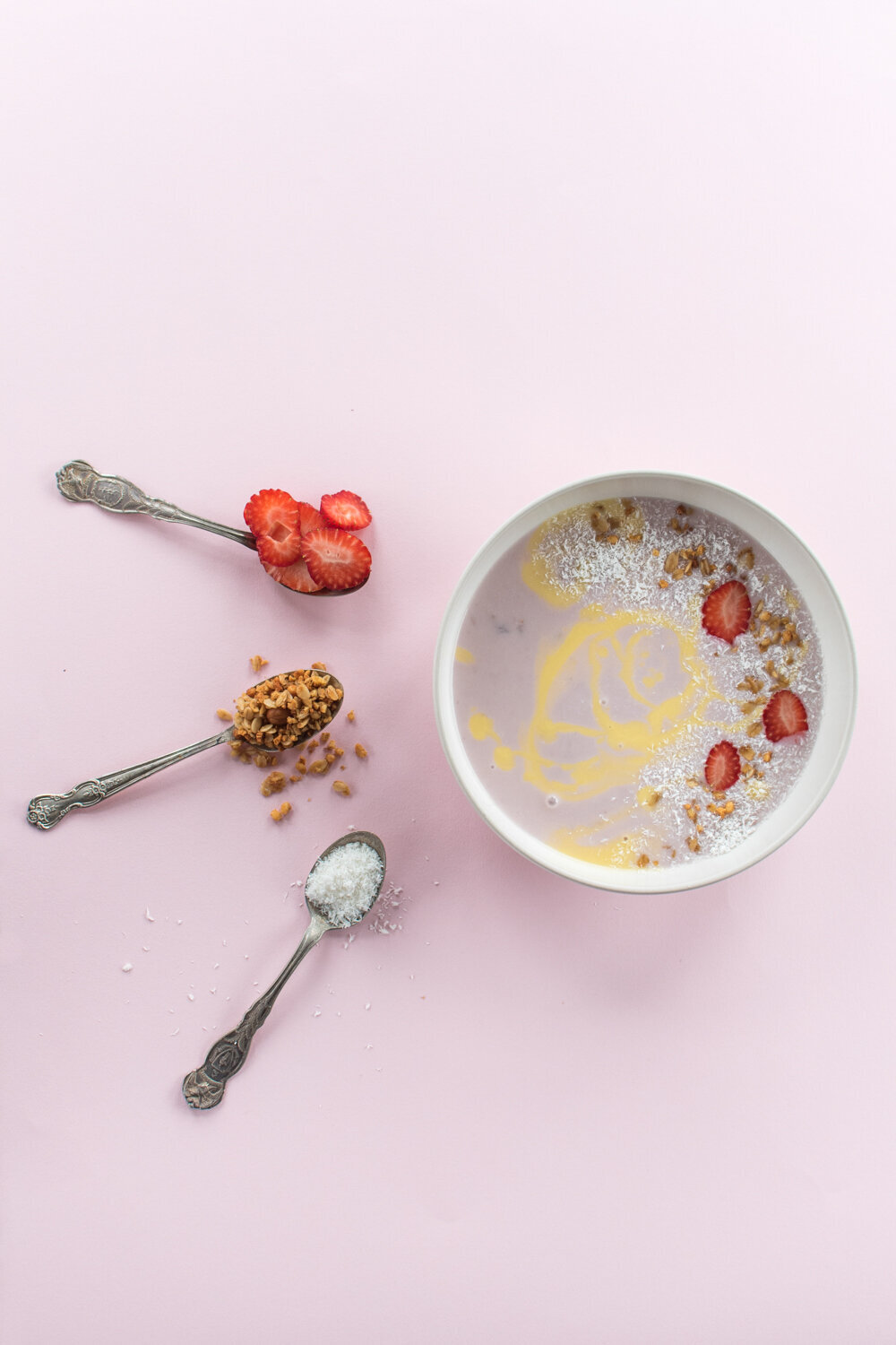 smoothie bowl for dahlicious organic