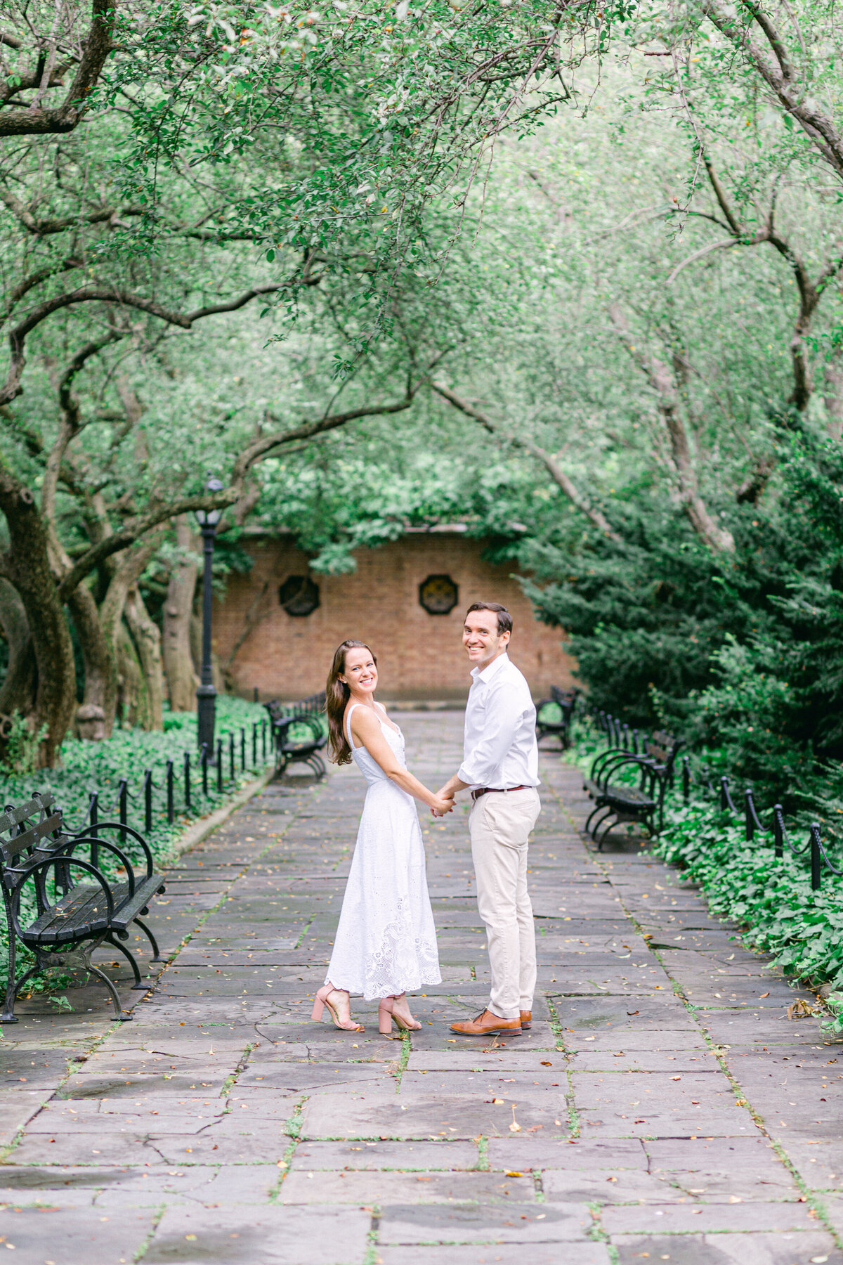 NW_romantic-summer-gardens-nyc-engagement--2