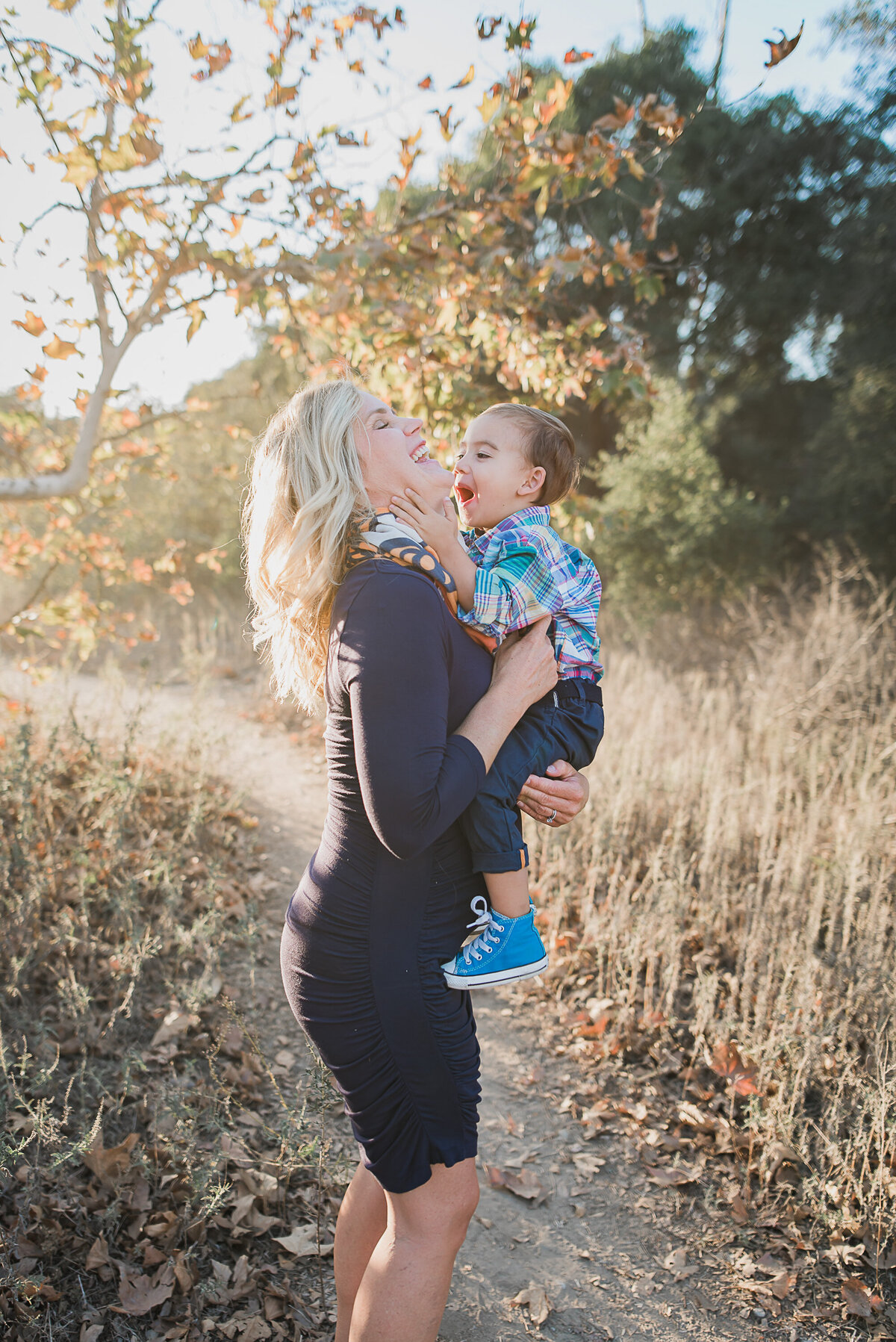 Carlsbad Family Photographer-eat moms face164