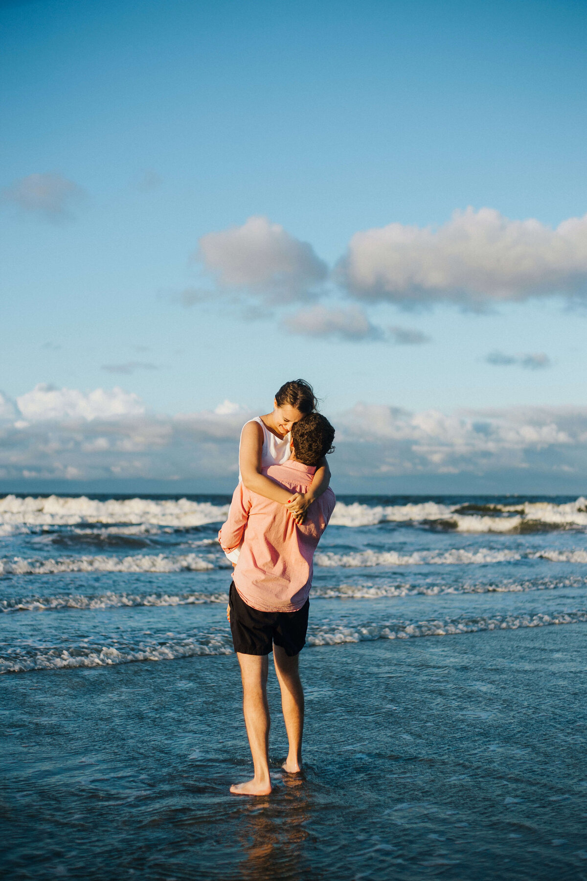 Sunset engagement session on Tybee Island in Savannah - Izzy and Co.