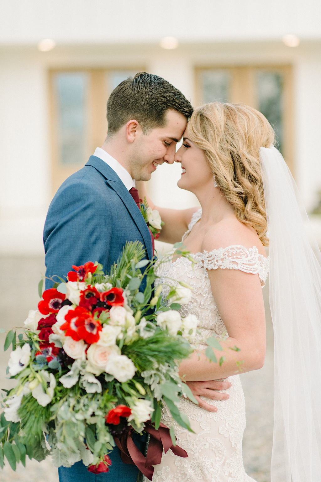 December wedding couple in Central Arkansas / Tyler Rosenthal Photography