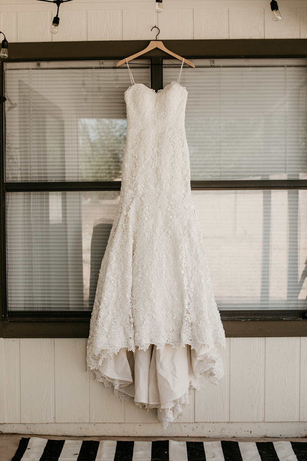 wedding-dress-rentals-for-styled-shoots-elopement-photographer-17