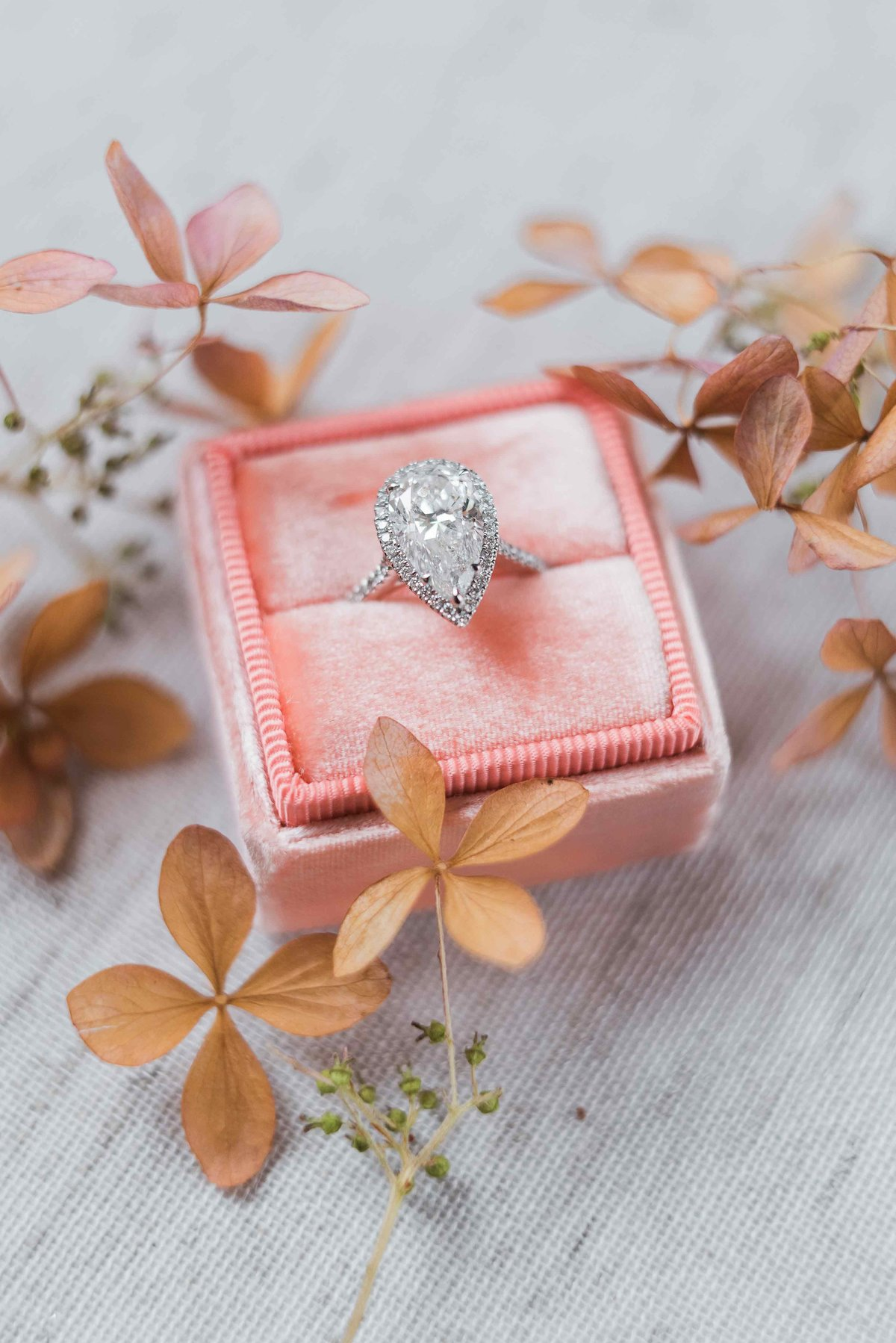laure_lalliard_design_claire_morris_photography_engagement_ring