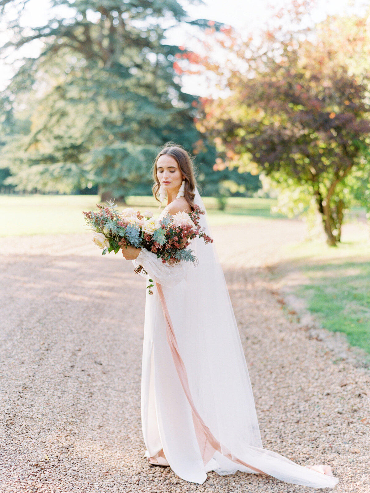 chateau-bouthonvilliers-wedding-paris-wedding-photographer-mackenzie-reiter-photography-59