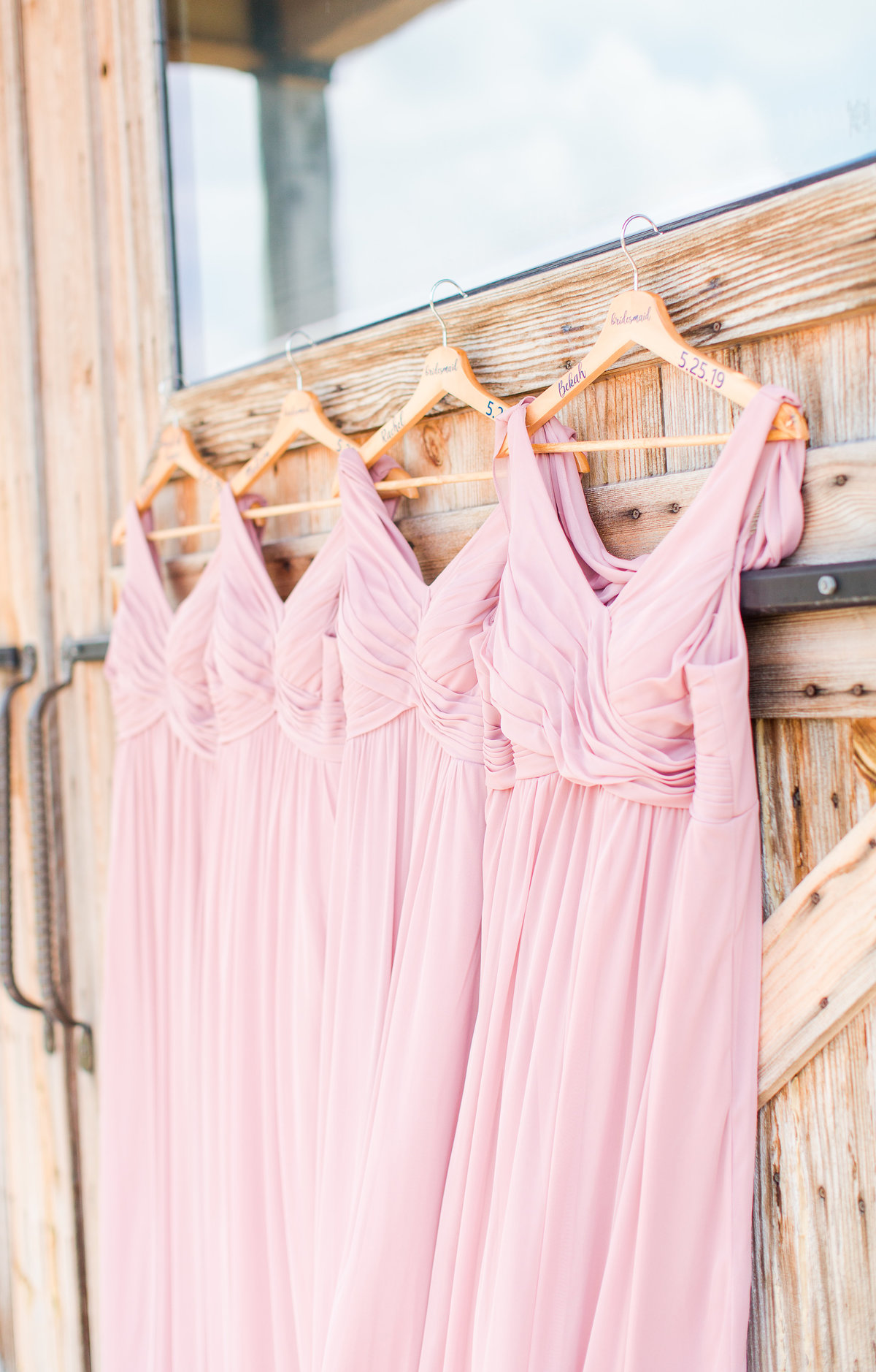 Blush and Navy Rustic Barn WEdding-10