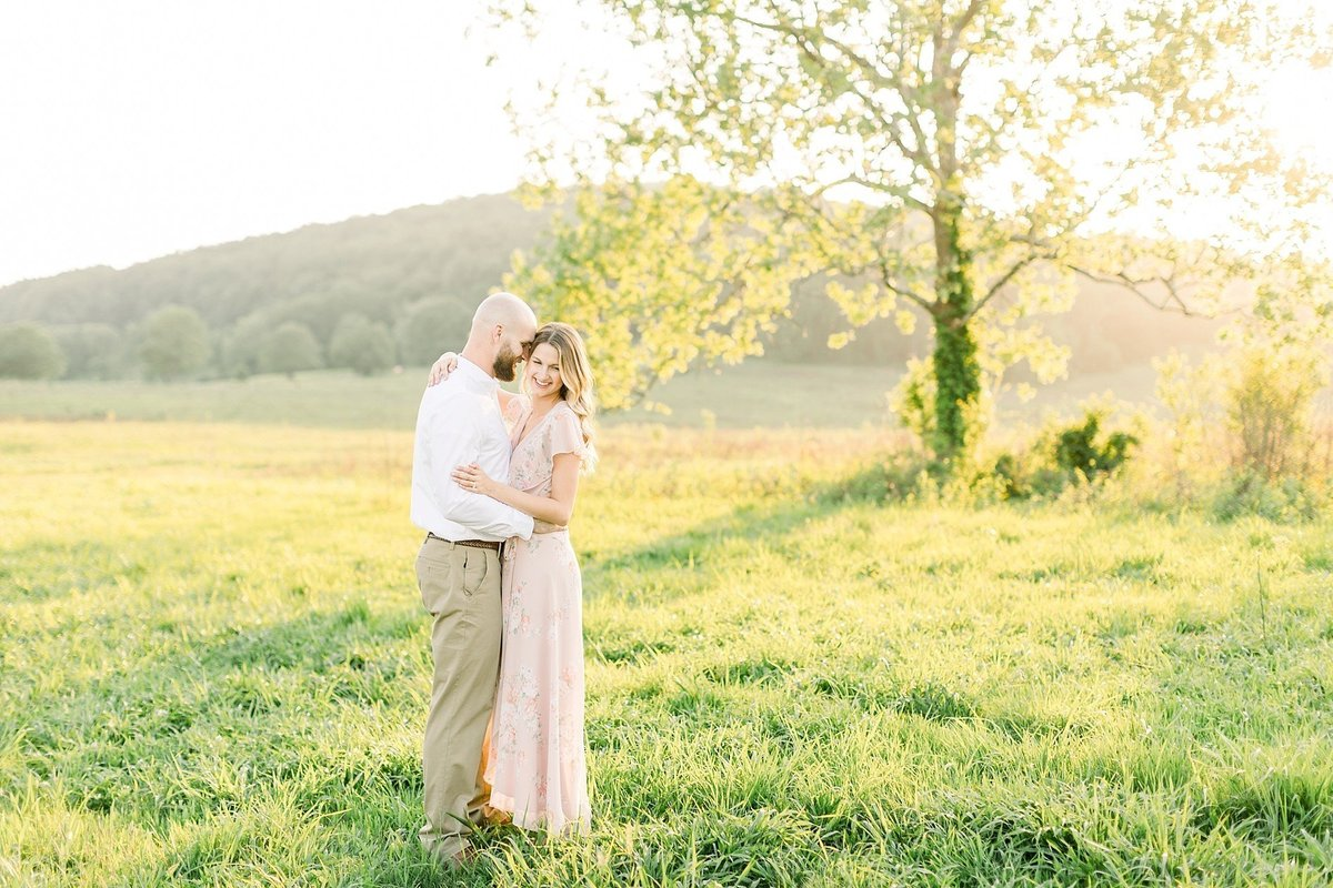 Golden-Hour-Engagement-Session-at-Valley-Forge_0040
